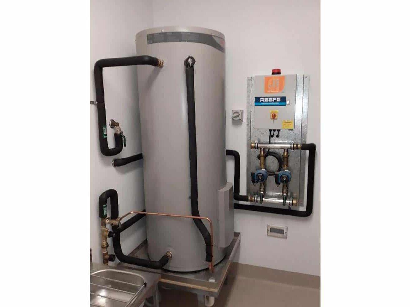 Hot Water Cylinder Buderim